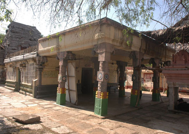 Sri Suganthavaneswarar Temple